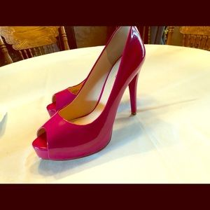 Guess hot pink stiletto